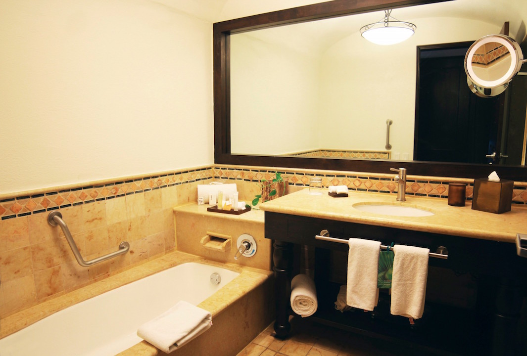 Gallery   Bathroom   Grand Fiesta Americana Los Cabos All Inclusive Golf & Spa